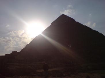 mäktigt tempel vid nilen