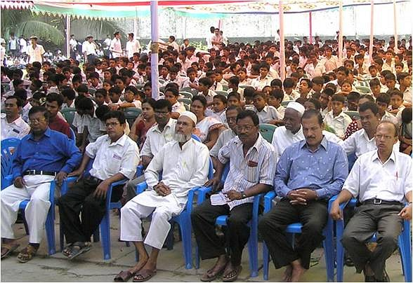 Front_view_of_the_Students_and_Teachers_in_the_pandel