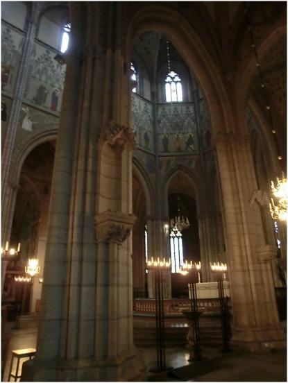 Den gotiska arkitekturen studerades på plats
