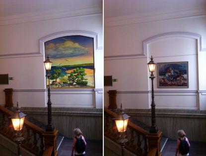 Trappan till aulan. Idag till höger med Asplunds målning till vänster