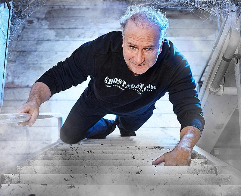 På spökjakt. Kentagon Holmgren har varit spökjägare de senaste fem åren och driver portalen Ghostagon.com.