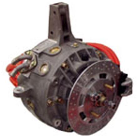 Med motorerna vid hjulen får man stor frihet att placera ackumulatorer och övrig utrustning i bilen.