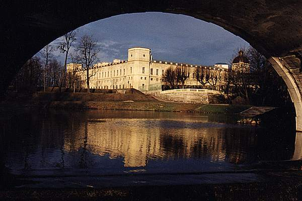 Gatchina är kanske mest känt för sitt slott
