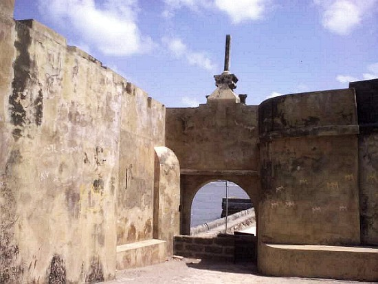 The fort and the tower