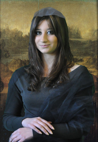 Sonia Cecere, an Italian student of I.I.S. Galilei Vetrone school in Benevento (Italy) is starring as world-famous Mona Lisa painted by the Italian Renaissance artist and genius Leonardo da Vinci. <br />