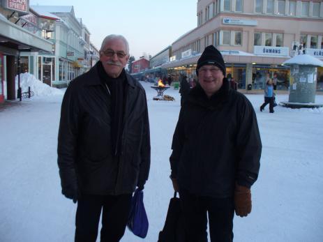 Bengt Grönblad och Jan-Erik Ronneback vid torget i Lycksele inför invigningen av Landsbygdsriksdagen 2007.