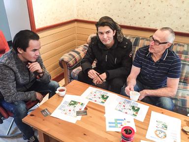 Bagher Mahdipor och Ali Karimi från hjälp med svenskan av Rolf Andersson.