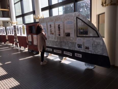 Utställningståget tar oss med på en resa för Bräkne-Hobys utveckling via Bygd I Samverkans arbete.