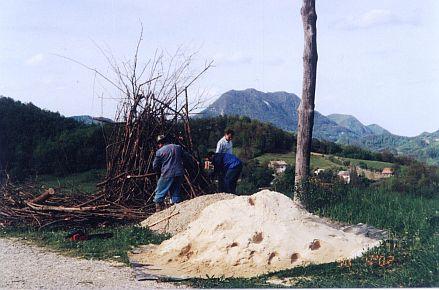 Preparations for the bonfire