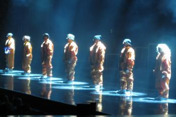 De sju medlemmarna i Bounce.