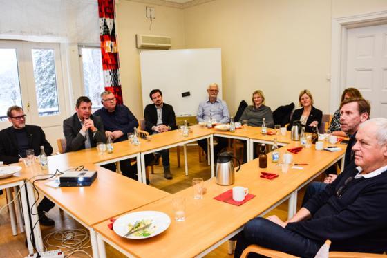 Ett tiotal personer, bland dem bara fyra företagare, ville lyssna till Svenskt Näringslivs information om företagsklimatet i Bollebygds kommun.
