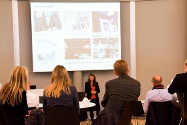 Fagerhults Retails VD, Monica Weinitz hälsade välkommen och presenterade företaget för frukostmötets besökare.