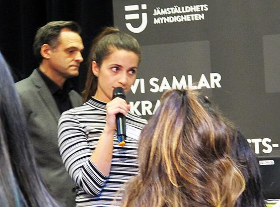 Mikael Thörn och Arbresha Rexhepi ledde elevdiskussionerna.