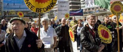 I kamp mot kärnkraft, Dahlgren till vänster