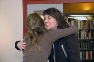 Glatt besök på galleri Odinslund.  Sofi kompis från Göteborg dyker upp.
