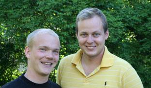 Tommy Norgren och Thor Øvrelid i Gästrike-Hälsinge nations trädgård