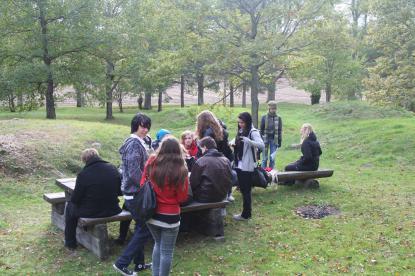Gravfältet vid Åby studeras