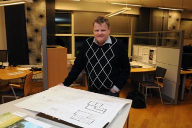Per-Anders Gustavsson är VD vid BollebygdsHus och är nu försiktigt optimistisk.