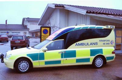 Om ambulanser finns finns här och ersätts vid skiftbyte vid Sundbrolund, slipper man frågor, och dåliga/idiotiska svar varför det ska ta timmar för ambulansen att komma, bara för att man byter manskap (svaret till EXPRESSEN var ju inte det samma som getts som orsak förut) då var orsaken att man höll på att byta manskap.