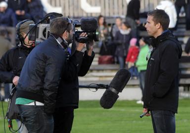 Här syns Anders Svensson på sin pojklagsplan, Bollevi, Hestrafors.<br />Bilden tagen i samband med inspelningen av TV-programmet Proffsdrömmar under våren 2013