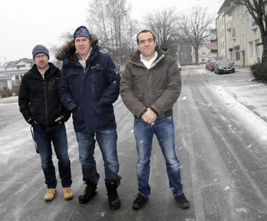 De tre företagarna som nu flyttat in i centrum. Fr.v. Patrik Karlsson med sitt företag Kaptenkrok, Per Stålfors med sin fotoverksamhet och Nicolas Bremell med sitt Waterworld.