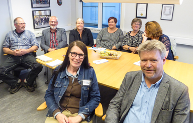 Annika Andersson och Roland Karlsson från Leader Sjuhärad informerade intresserade Bollebydgsbor.