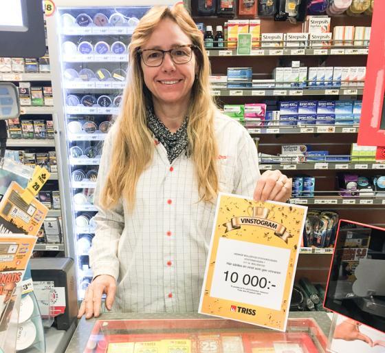 <span>Elise Johansson, ansvarig för spelbutiken på Hemköp.</span>