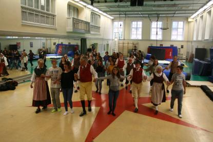 Svenska folkdanser