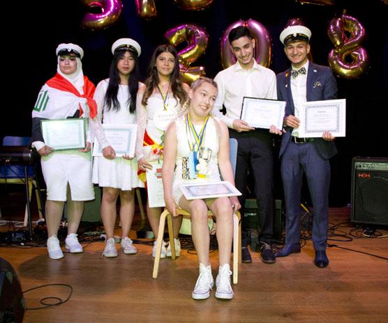 Tiba Fadhil, Kanwara Yuenyoung, Jovana Vuckovska, Emma Magnusson, Saifuldeen Khalid och Marius Pruteanu fick vardera varsitt stipendium från Adlerbertska stiftelsen.