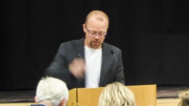 Stefan Edvardsson (FR) agerade så att kvällens fullmäktigemöte avbröts.
