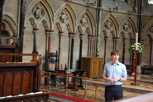 Organ Scholar Edward PictonTubervill berättar öppenhjärtigt om St John's orgel i Cambridge