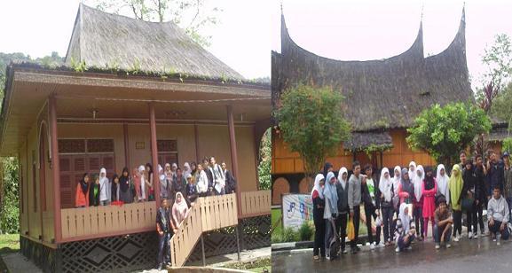 Students and teachers visited Minangkabau village for enriching their knowledge about Minangkabau