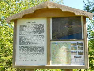 Det här är tavlan vid Lillåkersjön.