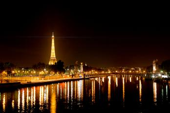 Thanks for the Creative Commons pic! http://buytaert.net/album/paris-2011/paris-by-night