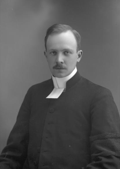 Erik Bergman 1914, då präst i Forsbacka