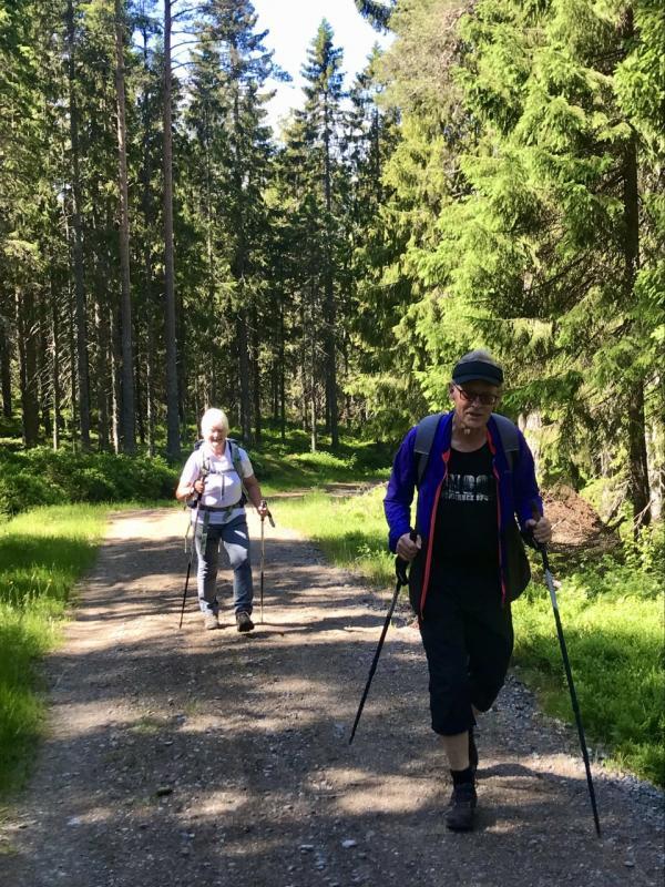Anki och Hans i början av vandringen