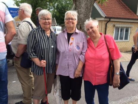 - Byafesten är mycket trevlig att besöka för här finns både mycket folk, hantverk och många olika musikgrupper, sa Karin Gustavsson och fick medhåll av Irene Mattsson och Gun-Hill Svensson.