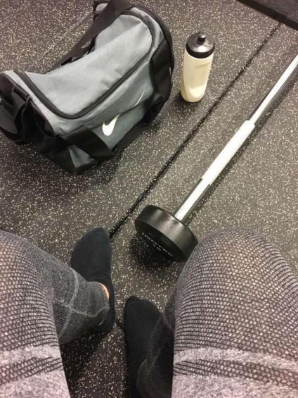 Agnes Lager gör sig redo för ett träningspass på Everytime Fitness