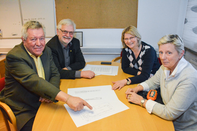 Sverre Fredriksson, Christer Johansson, Bente Johansson och Ingrid Anderen presenterade idag moderaternas förslag om att bygga ut Bollegården.