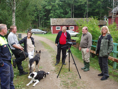 Från inspelningen.<br /><br />Stefan, Tore och Pia får representera de boende. Peter Kullring gjorde reportage åt Blekningenytt och Mats Harrysson filmade. Länsstyrelsen fanns på plats med Lotta Bergström.