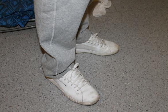 Hoppas inte att det är fake-läder, det kan det bli böter på...