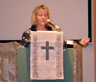 Ellen Viklund stod för kvällens betraktelse på EFS