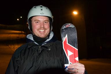 Calle Pålsson är mycket nöjd med kvällen åk i Bollekollen och hoppas nu att dagens Bollebygdsungdomar tar vara på tillfället till skidåkning i backen.