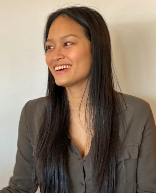 Tanya Sompoom, studerar mediainriktningen på samhällsprogrammet, vill jobba innan hon börjar plugga på högskola