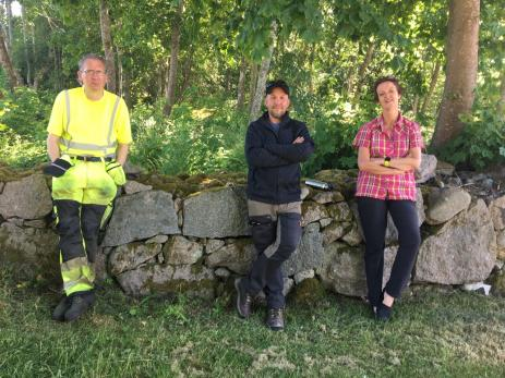 I arbetsmarnadsprojektet är Anders Johansson serviceansvarig, Stefan Rehnberg arbetsledare och Aline Nysingh är projektledare.