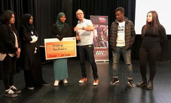 Vad skall Bahar, Fardowsa, Maida, Mohamed och Mariam i New Buddies uf göra med sina vinstpengar? Arturo gav rådet att ta det lugnt och känna efter - det är många som kommer med råd till någon som vunnit pengar.