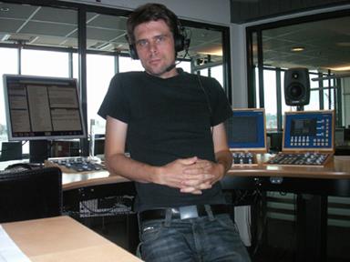 Robert Lindberg, här fotograferad i en studio i nya radio- och tvhuset i Göteborg, \