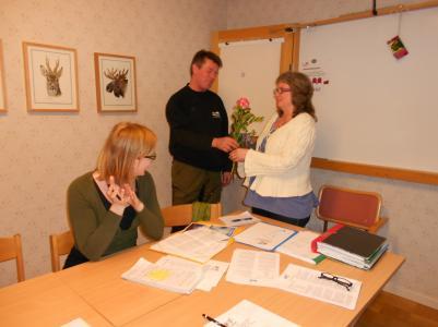 Ida Stafrin, sekreterare, Urban Nyberg, avgående vice ordförande och Anita Lindström dagens årsmötesordförande men ordinarie kassör.