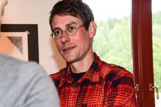 Henrik Lange, serietecknare och illustratör ställer ut på Galleri Odinslund fram till den 21 september.