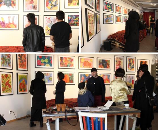 Galleri Bazar visar ett trettiotal alster från elever på Angeredsgymnasiet.